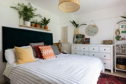 卧室床混搭风格装潢设计图片