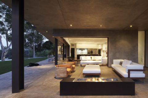 252平米别墅现代风格装潢图片