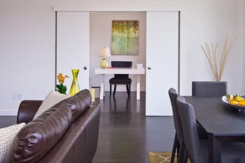 书房书桌现代风格装饰效果图