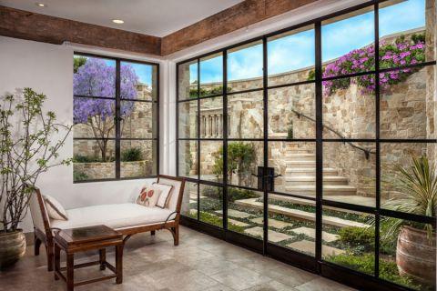 客厅落地窗地中海风格装修设计图片