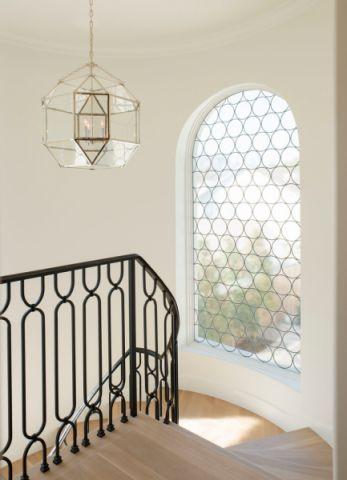玄关楼梯地中海风格装潢图片