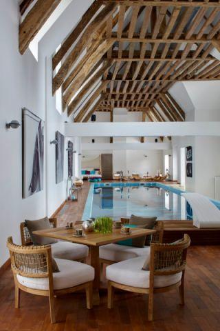 花园泳池混搭风格装饰图片