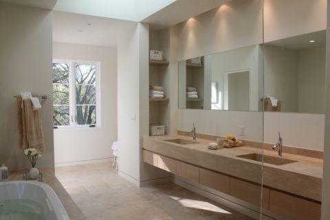 浴室洗漱台地中海风格装饰效果图