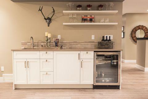 厨房橱柜现代风格装潢设计图片