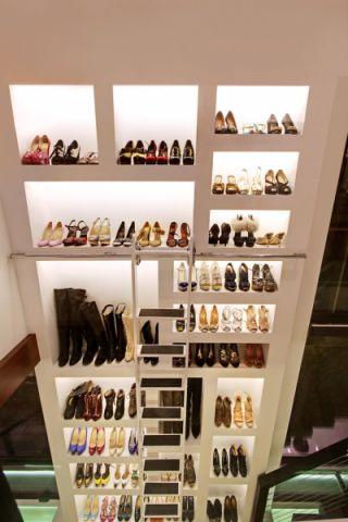 衣帽间鞋柜现代风格装饰效果图