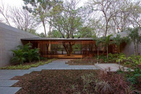 花园地砖现代风格装潢设计图片
