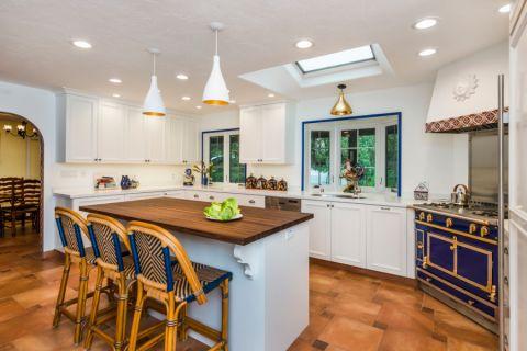 厨房地板砖地中海风格装修效果图