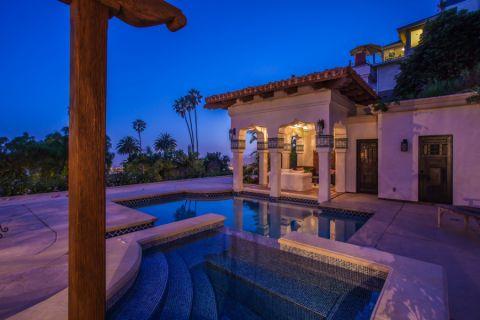 花园泳池地中海风格装修设计图片