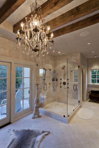 浴室地砖地中海风格装潢设计图片