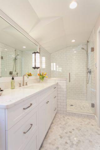 浴室地砖混搭风格装修效果图