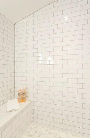 浴室背景墙混搭风格装饰图片