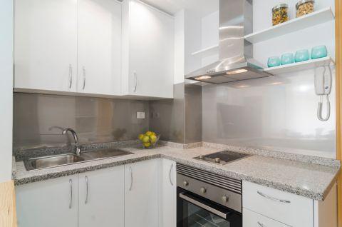 厨房橱柜地中海风格装饰效果图