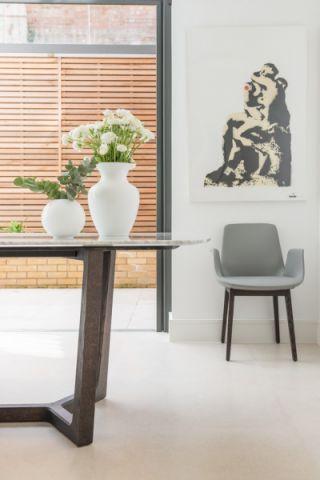 餐厅地板砖现代风格装饰设计图片