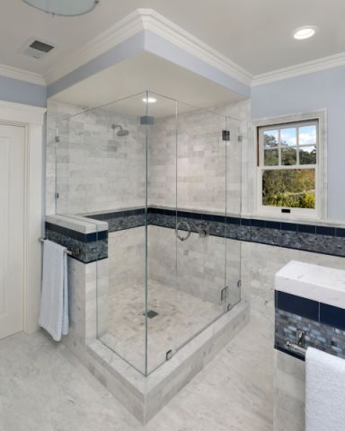 浴室地砖地中海风格装修图片
