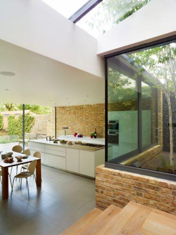厨房地砖现代风格装潢图片