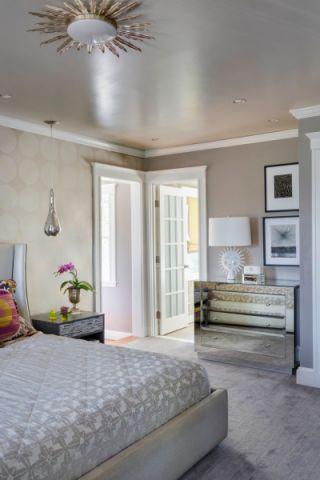 卧室照片墙混搭风格装潢设计图片