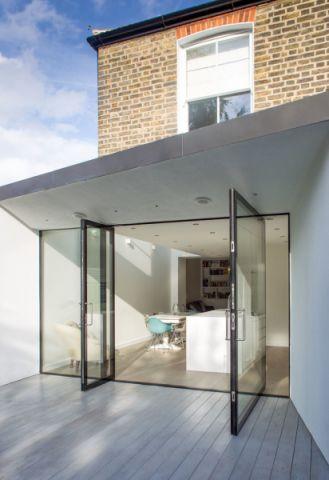阳台地板砖现代风格装潢图片