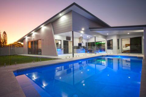 花园泳池现代风格效果图