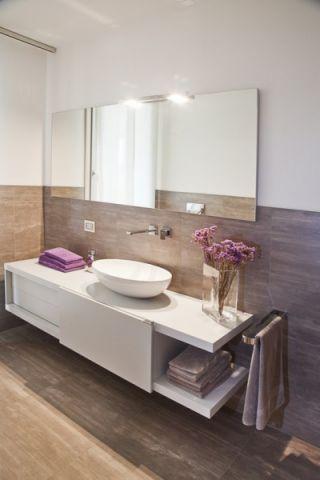 浴室地板砖现代风格装饰设计图片