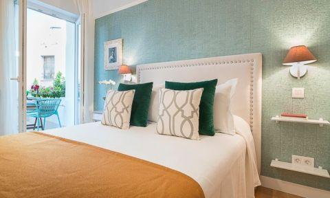 卧室床北欧风格装潢设计图片