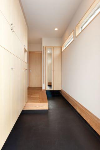 玄关吊顶现代风格装饰效果图