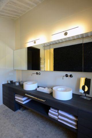 浴室地砖现代风格装饰图片
