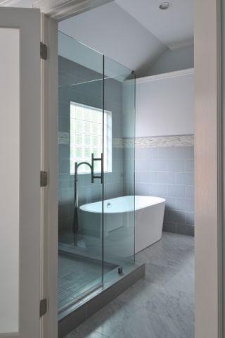 浴室浴缸现代风格装饰图片