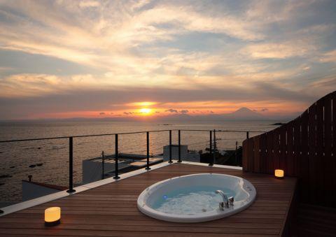 阳台地板砖地中海风格装修设计图片