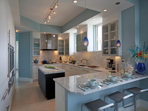 厨房黑色厨房岛台现代风格装潢图片