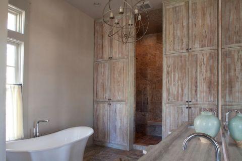 浴室咖啡色背景墙混搭风格装修效果图
