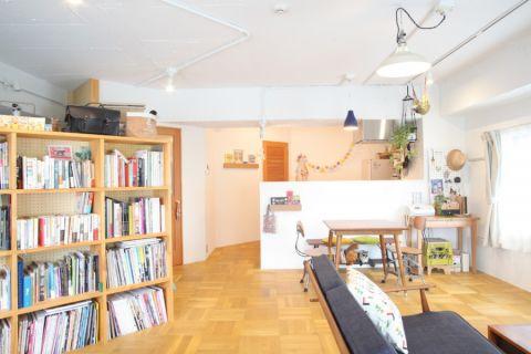 客厅地板砖现代风格装潢图片