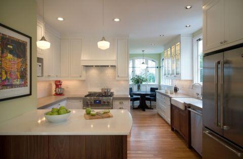 138平米三居室美式风格装饰图片