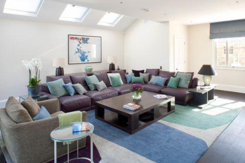 客厅茶几现代风格装修设计图片