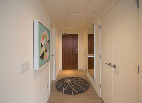 玄关白色门厅现代风格装饰图片