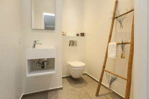 浴室白色洗漱台北欧风格装饰设计图片