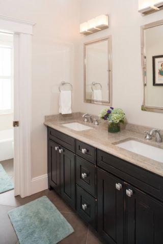 浴室洗漱台现代风格装饰效果图