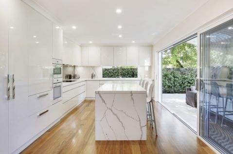 现代风格公寓109平米装修设计图片
