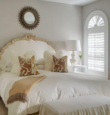 卧室米色床地中海风格装饰设计图片