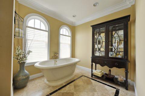浴室黄色背景墙美式风格装饰设计图片