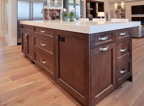 厨房咖啡色厨房岛台现代风格效果图