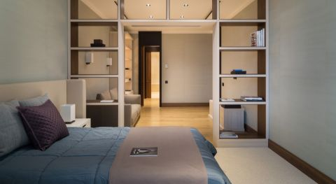 卧室灰色床现代风格装饰设计图片