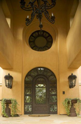 玄关黄色背景墙地中海风格装饰设计图片