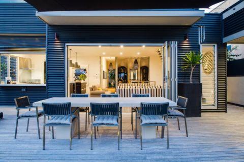 阳台灰色细节现代风格装潢设计图片