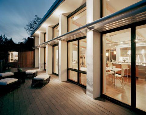 阳台落地窗现代风格装潢效果图