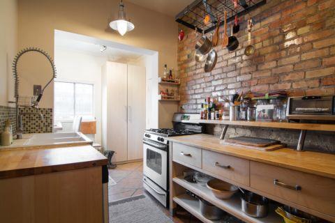 厨房米色橱柜混搭风格装修设计图片