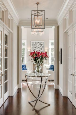 玄关白色门厅美式风格装修图片