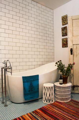 浴室细节混搭风格装潢设计图片