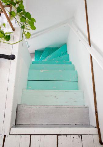 玄关彩色楼梯混搭风格装潢效果图