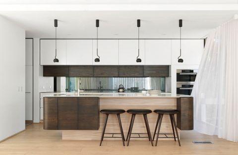 厨房咖啡色橱柜混搭风格装潢设计图片