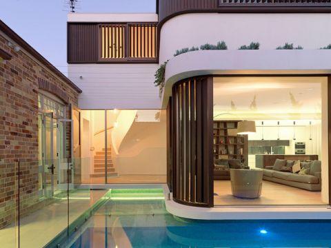 外景蓝色泳池混搭风格装饰效果图